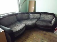 grey /black 6 seater corner sofa ( buyer collect )