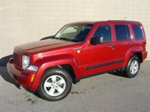 2010 Jeep Liberty Sport 4X4. Loaded! Automatic!