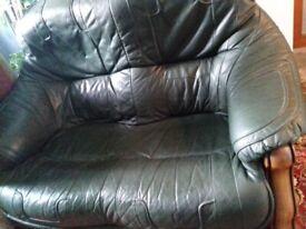 Italian dark green leather oak frame 3 piece suite