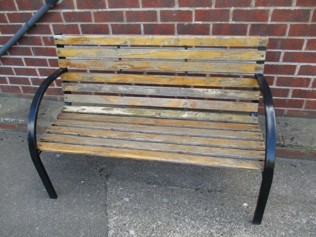 Wondrous Metal Wood Garden Bench In Whitby North Yorkshire Gumtree Ncnpc Chair Design For Home Ncnpcorg