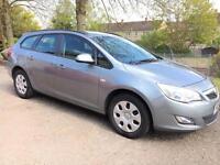 2011 Vauxhall Astra 1.7 CDTI EXCLUSIVE ESTATE (TURBO DIESEL)eg mondeo focus passat skoda insignia a4