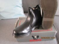 steel top cap mens working boots/shoes\trainers