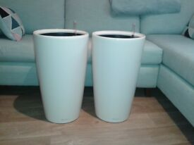 Stylish Lechuza Premium Rondo Tall White Self Watering Planter £50 Each Kennington SE11 5NG London