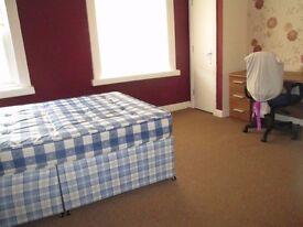 Beautiful 3 Bed house to let in fallowfields manchester