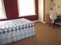 lovely 3 Bed house to let in fallowfields manchester