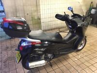 2014 125cc HONDA FES125 S-WING 125 Black Scooter Learner Legal