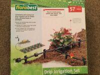 Plant irrigation set