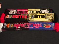 26 Manchester United supporters scarfs