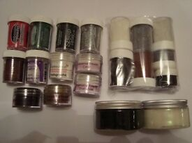 20 Various Sizes and Coloured Tubs of Embossing powder Bundle