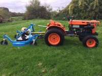 Kubota B7100 4WD Compact Tractor with New 4ft Finishing Mower, Turf Tyres
