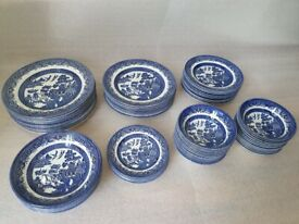 Churchill China Blue Willow Bowls Plates Dinner Traditional Crockery Set 6 8 9 10 Inch