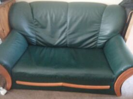 2 seater leather sofa, 50 pounds only, very good condition. Minor wear. No tear. Need 2 people load