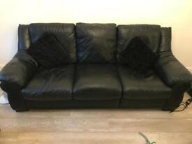 3 seater black leather seatee - pick up only