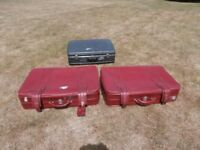 3 large suitcasesbeen used but still good for use