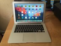 """Apple MacBook Air 13.3"""" 1.8GHz Core i7, 4GB 256GB SSD +Mint Condition+ Softwares"""