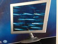 "15"" pc monitor"