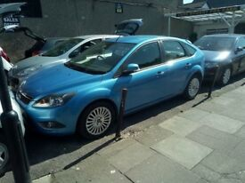 Ford FOCUS TITANIUM - 2010 MODEL - 1.6cc - DIEZEL - MANUEL - 1 YEAR TAX £30 .