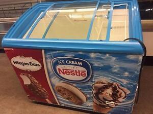 Ice cream/frozen food /merchandisers