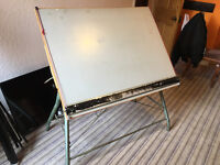 Adjustable, tilting artist's drawing board. Sturdy steel frame. Well used condition