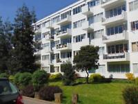 1 bedroom flat in Pullman Court , Brixton Hill SW2