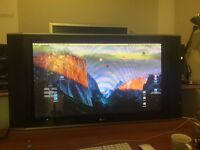 LG 42 inch HD TV 1080p with cables & wall mount