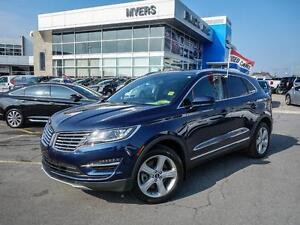 2015 Lincoln MKC   ONLY 15,000 KM'S! 1 OWNER TRADE IN.