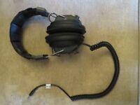HD-3030 headphones, black, vintage headphones