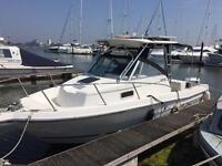 American Rebok 2450 fishing/weekender boat