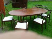 dinning room table and 6chairs