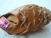 Rawlings baseball glove and ball