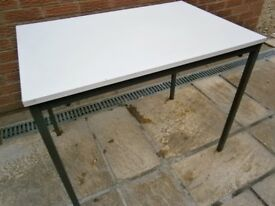 TABLE great for Work / Crafting or Dining