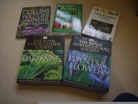 GARDENING REFERENCE BOOKS IN AS NEW CONDITION RHS PLANTS & FLOWERS A-Z PROPAGATION PESTS