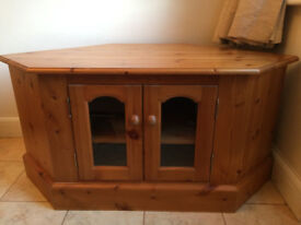 Pine unit for sale in good condition