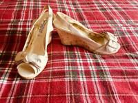 Size 5 New Look wedge sandals