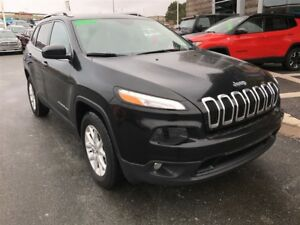 2017 Jeep Cherokee LATITUDE 4X4/SAVE $7000!