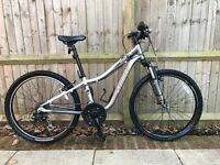 Specialized Hotrock24 mountain bike for 8yrs+