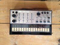 Korg Volca Keys analogue polyphonic synthesiser