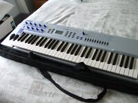 Reduced to a very tempting 175 **** Absolutely Pristine Yamaha CS2X with power supply & carry case