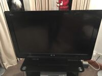 Sony Bravia 40 tv c/w stand excellent condition
