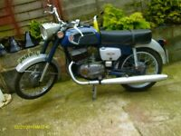 cz 175 only 583 miles on clock barn find