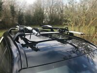Land Rover Discovery Cross Bars and 2 roof mounted cycle carriers