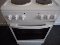 Amica 4 plate solid hob cooker...like new !!