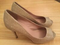 Kurt Geiger Open Toe Gold shoes - UK size 7