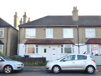 Double Fronted Period Maisonette /w Four Spacious Bedrooms , CR4