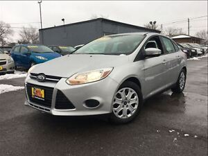 2014 Ford Focus SE HEATED FRONT SEATS SUPER CLEAN!!