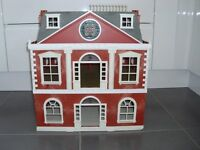 Sylvanian Families Mansion and Lakeside Lodge + 5 figures
