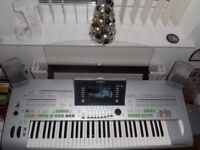 YAMAHA TYROS 3 IN PRISTINE CONDITION COMPLETE WITH SPEAKER SET & YAMAHA L7 STAND