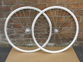 Fixed gear wheels track wheelset