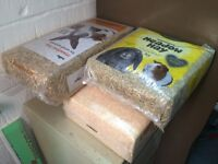 Pets Hay & Sawdust free to good home