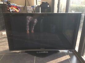 "Panasonic TH50PZ70B 50"" Full HD 1080p Viera Plasma TV with Integrated Digital Tuner +Pedestal stand"